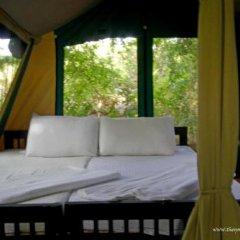 Отель Wild Trails By Amaya сейф в номере