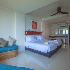 Отель Surin Beach Resort Пхукет комната для гостей фото 4