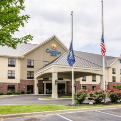 Отель Comfort Inn Louisville парковка