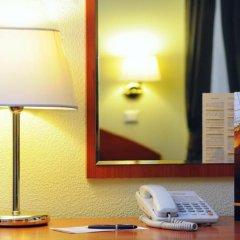 Гостиница Достоевский 4* Стандартный номер с 2 отдельными кроватями фото 11