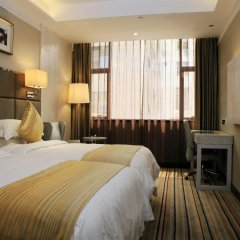 Days Hotel Great Wall Quanzhou сейф в номере