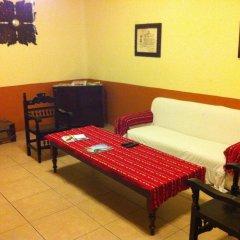 Отель Olga Querida B&B Hostal Мексика, Гвадалахара - отзывы, цены и фото номеров - забронировать отель Olga Querida B&B Hostal онлайн комната для гостей фото 4