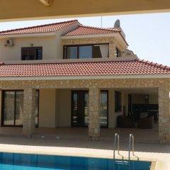 Отель Noufaro Luxury Villa комната для гостей