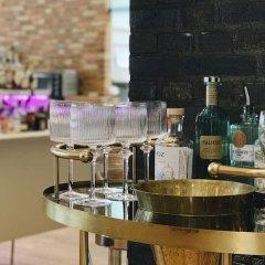 Отель Mortens Kro Restaurant & Suites Алборг гостиничный бар