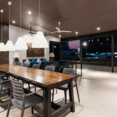 OYO 137 Kitzio House Hotel Бангкок бассейн
