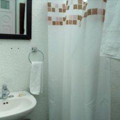 Отель Hostal Cuija Coyoacan Мексика, Мехико - отзывы, цены и фото номеров - забронировать отель Hostal Cuija Coyoacan онлайн ванная фото 2