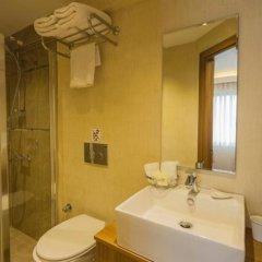 Buyuk Paris Турция, Стамбул - 5 отзывов об отеле, цены и фото номеров - забронировать отель Buyuk Paris онлайн ванная