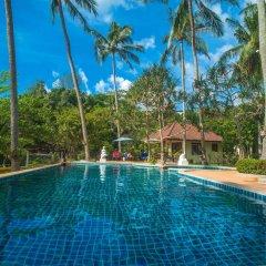 Отель Am Samui Resort бассейн
