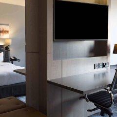 Отель Hilton Helsinki Strand Финляндия, Хельсинки - - забронировать отель Hilton Helsinki Strand, цены и фото номеров комната для гостей