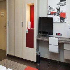 Отель ILUNION Barcelona 4* Стандартный номер с различными типами кроватей фото 36