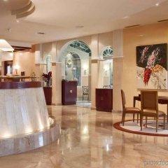 Отель Pullman Madrid Airport & Feria Мадрид интерьер отеля