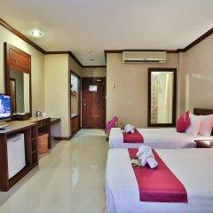 Отель Casa Del M Resort Phuket Патонг комната для гостей