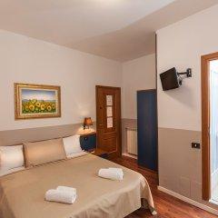 Отель Ora Guesthouse Италия, Рим - отзывы, цены и фото номеров - забронировать отель Ora Guesthouse онлайн сейф в номере