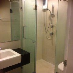 Отель Belle Grand Condo Бангкок ванная