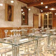 Отель la Tour Rose Франция, Лион - отзывы, цены и фото номеров - забронировать отель la Tour Rose онлайн питание фото 3