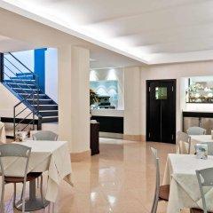 Отель ibis Styles Milano Centro гостиничный бар