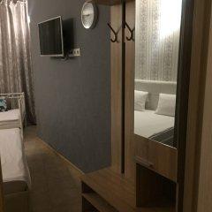Khalva Hotel сейф в номере