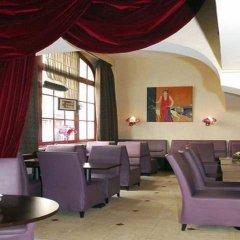 Hotel Pax Opera гостиничный бар
