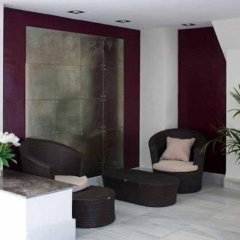 Отель Sol Lunamar Apartamentos - Adults Only интерьер отеля