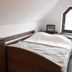 Отель Szarotka сейф в номере