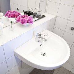 Отель Best Western Plus Hotel Mektagonen Швеция, Гётеборг - 1 отзыв об отеле, цены и фото номеров - забронировать отель Best Western Plus Hotel Mektagonen онлайн ванная фото 2