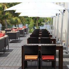 Отель Centara Ceysands Resort & Spa Sri Lanka Шри-Ланка, Бентота - 1 отзыв об отеле, цены и фото номеров - забронировать отель Centara Ceysands Resort & Spa Sri Lanka онлайн гостиничный бар