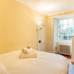 Отель Calton Hill Idyllic Cottage Feel Next 2 Princes St Эдинбург комната для гостей фото 2