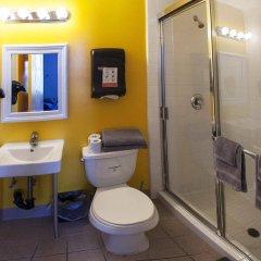 Отель Samesun Venice Beach Лос-Анджелес ванная