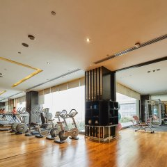 Отель Crowne Plaza New Delhi Rohini фитнесс-зал фото 3