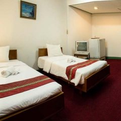 Golden dragon hotel nonthaburi after steroid injection in shoulder