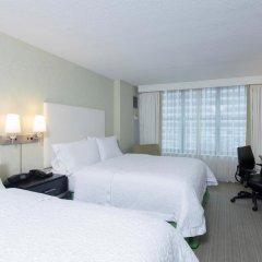Отель Hampton Inn & Suites Chicago Downtown комната для гостей фото 5