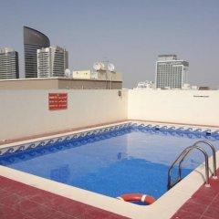 Premiere Hotel Apartments бассейн