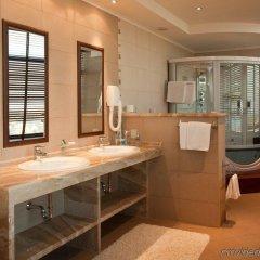 Отель Bulgaria Bourgas Болгария, Бургас - 1 отзыв об отеле, цены и фото номеров - забронировать отель Bulgaria Bourgas онлайн ванная
