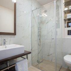 Отель Twelve Черногория, Будва - отзывы, цены и фото номеров - забронировать отель Twelve онлайн ванная фото 2