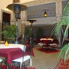 Отель Riad Youssef Марокко, Фес - отзывы, цены и фото номеров - забронировать отель Riad Youssef онлайн питание фото 3