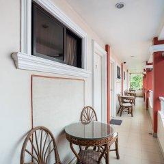 Отель OYO 223 Marquis Hotel & Restaurant Филиппины, Пампанга - отзывы, цены и фото номеров - забронировать отель OYO 223 Marquis Hotel & Restaurant онлайн балкон