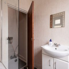 Хостел Bloomsbury Rooms with Shared Bathrooms ванная