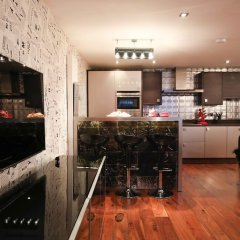 Отель Lovely 2 Bed Flat in Warren Street питание