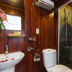 Отель Halong Lavender Cruises ванная