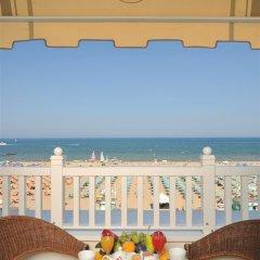 De France Hotel Римини балкон