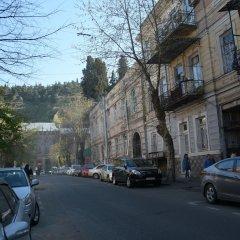 Отель Old Tbilisi Apartment Грузия, Тбилиси - отзывы, цены и фото номеров - забронировать отель Old Tbilisi Apartment онлайн парковка