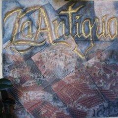 Отель Hosteria La Antigua Потес спортивное сооружение