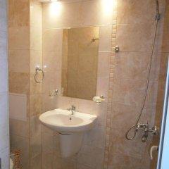 Отель Family Hotel White House Болгария, Поморие - отзывы, цены и фото номеров - забронировать отель Family Hotel White House онлайн ванная