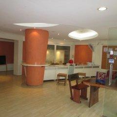 Sibamboo Hostel & Bar Бангкок интерьер отеля фото 2