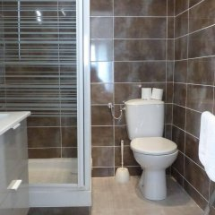 Отель Studios Foch ванная фото 2