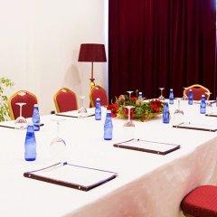 Отель Diplomat Hotel & SPA Албания, Тирана - отзывы, цены и фото номеров - забронировать отель Diplomat Hotel & SPA онлайн помещение для мероприятий