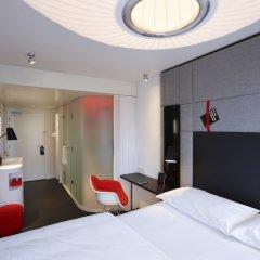Отель citizenM Copenhagen Radhuspladsen Дания, Копенгаген - отзывы, цены и фото номеров - забронировать отель citizenM Copenhagen Radhuspladsen онлайн комната для гостей фото 3