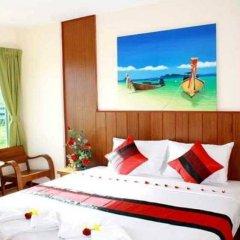 Отель NNC Patong Inn комната для гостей фото 2