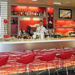 Ibis Hotel Plzen Пльзень гостиничный бар