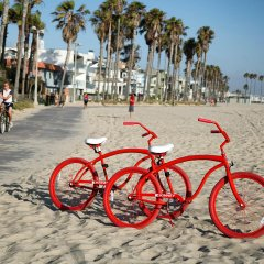 Отель The Kinney Venice Beach спортивное сооружение
